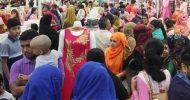 সর্বক্ষেত্রে স্বাস্থ্যবিধি উপেক্ষিত : চলছে শেষ মুহূর্তের কেনাকাটা
