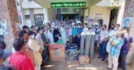কমলগঞ্জের দুটি হাসপাতালে এমপি কন্যার অক্সিজেন সিলিন্ডার প্রদান